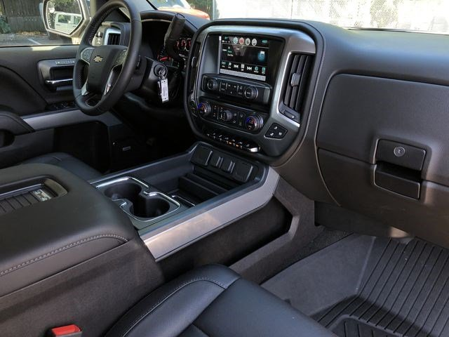 2018 Silverado 1500 Crew Cab 4x4,  Pickup #180466 - photo 16