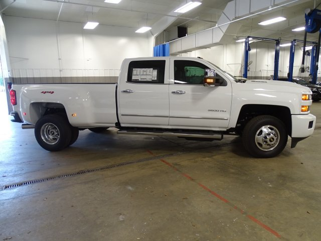 2018 Silverado 3500 Crew Cab 4x4,  Pickup #180467 - photo 9