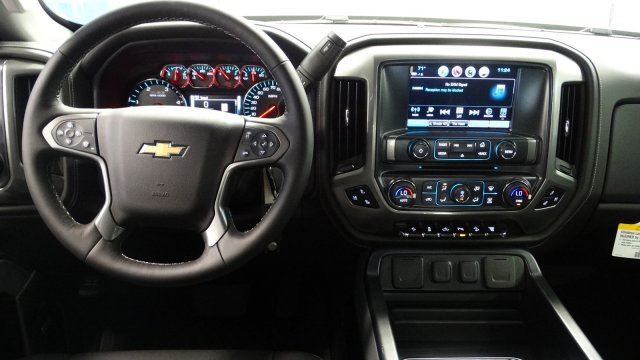 2018 Silverado 2500 Crew Cab 4x4,  Pickup #180468 - photo 32