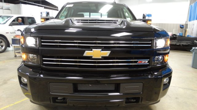 2018 Silverado 2500 Crew Cab 4x4,  Pickup #180468 - photo 4
