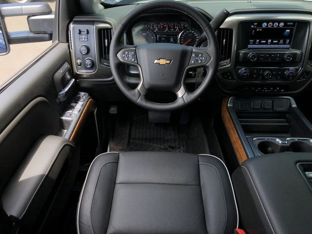 2018 Silverado 2500 Crew Cab 4x4,  Pickup #180490 - photo 23