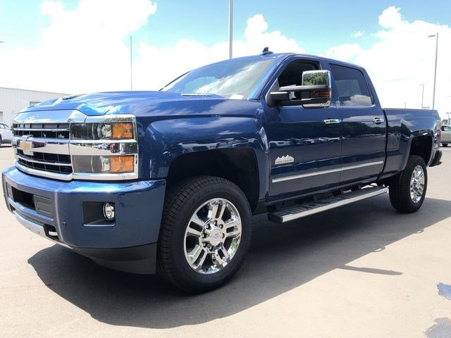 2018 Silverado 2500 Crew Cab 4x4,  Pickup #180490 - photo 6