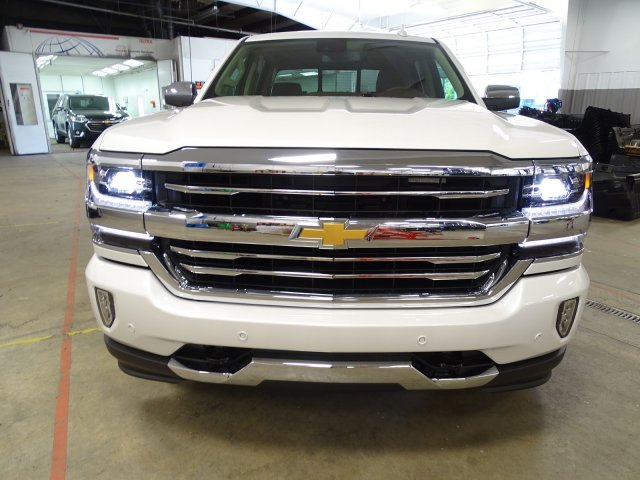 2018 Silverado 1500 Crew Cab 4x4, Pickup #180537 - photo 3