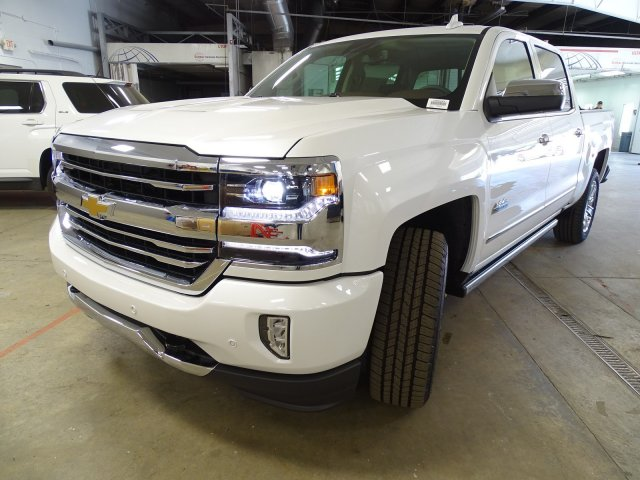 2018 Silverado 1500 Crew Cab 4x4, Pickup #180537 - photo 4