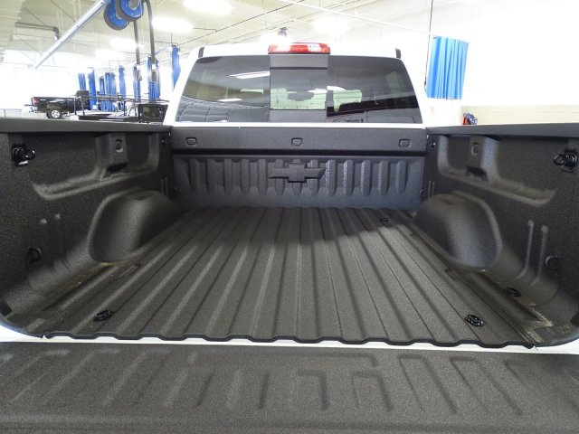 2018 Silverado 1500 Crew Cab 4x4, Pickup #180537 - photo 7