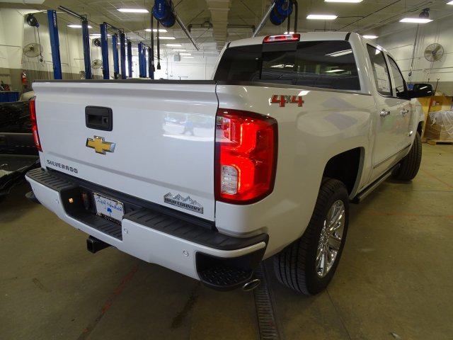 2018 Silverado 1500 Crew Cab 4x4, Pickup #180537 - photo 2