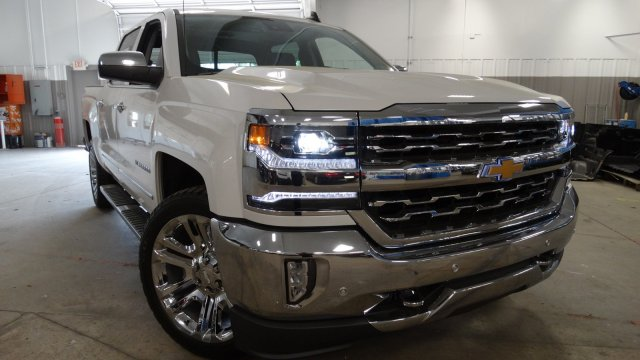 2018 Silverado 1500 Crew Cab 4x4, Pickup #180538 - photo 3