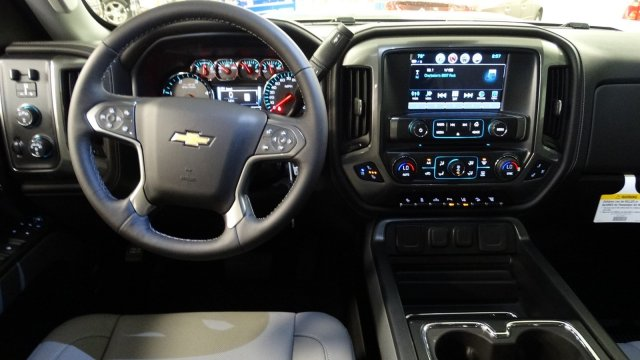 2018 Silverado 2500 Crew Cab 4x4,  Pickup #180539 - photo 30