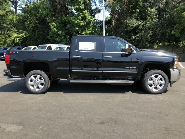 2018 Silverado 2500 Crew Cab 4x4,  Pickup #180539 - photo 3