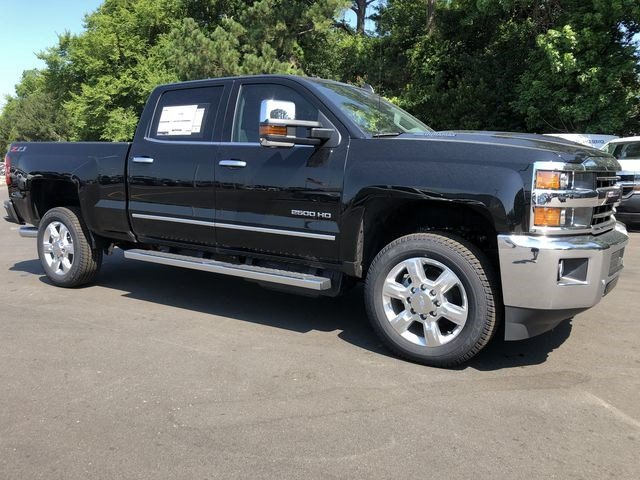 2018 Silverado 2500 Crew Cab 4x4,  Pickup #180539 - photo 40