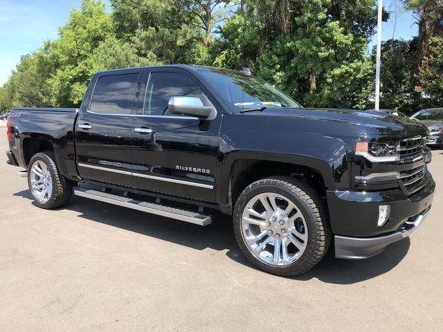 2018 Silverado 1500 Crew Cab 4x4,  Pickup #180540 - photo 3