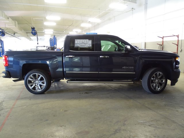 2018 Silverado 1500 Crew Cab 4x4, Pickup #180559 - photo 10