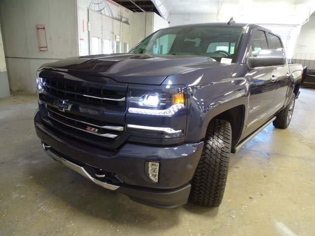 2018 Silverado 1500 Crew Cab 4x4, Pickup #180559 - photo 4