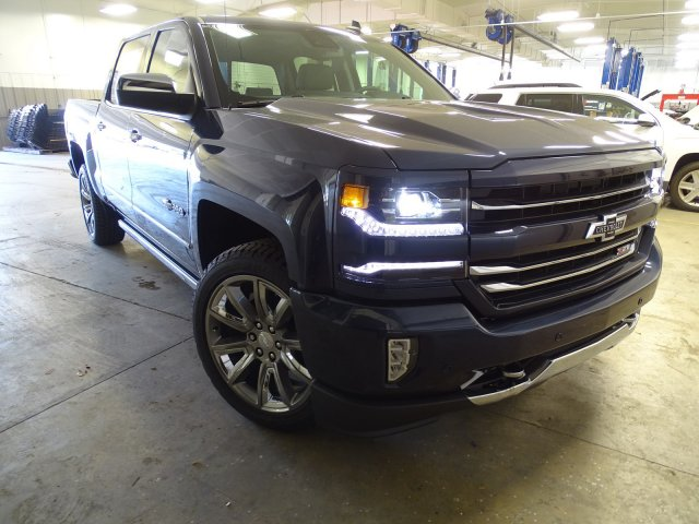 2018 Silverado 1500 Crew Cab 4x4, Pickup #180569 - photo 3