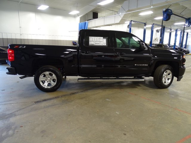 2018 Silverado 1500 Crew Cab 4x4,  Pickup #180590 - photo 9