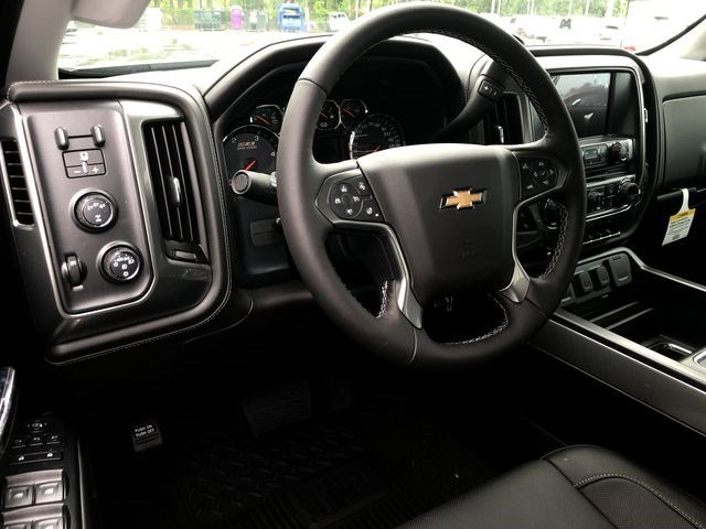 2018 Silverado 2500 Crew Cab 4x4,  Pickup #180641 - photo 18