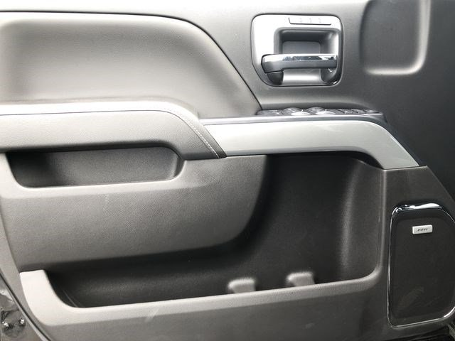 2018 Silverado 2500 Crew Cab 4x4,  Pickup #180641 - photo 19