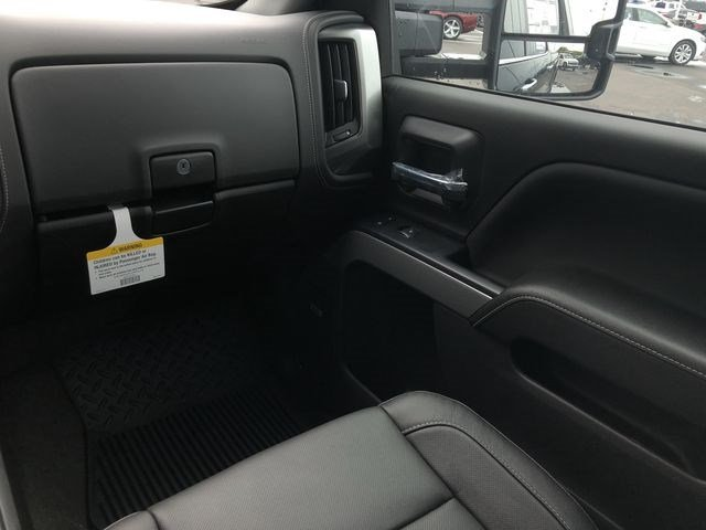 2018 Silverado 2500 Crew Cab 4x4,  Pickup #180641 - photo 24