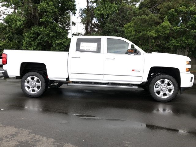 2018 Silverado 2500 Crew Cab 4x4,  Pickup #180648 - photo 38