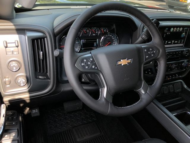 2018 Silverado 2500 Crew Cab 4x4,  Pickup #180760 - photo 19
