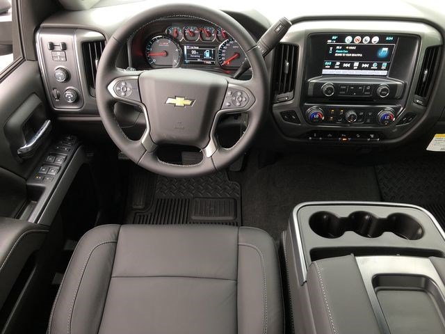2018 Silverado 3500 Crew Cab 4x4,  Pickup #180812 - photo 24