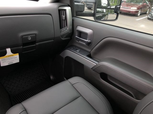 2018 Silverado 3500 Crew Cab 4x4,  Pickup #180812 - photo 25