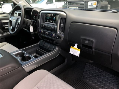 2018 Silverado 1500 Crew Cab 4x2,  Pickup #180873 - photo 19