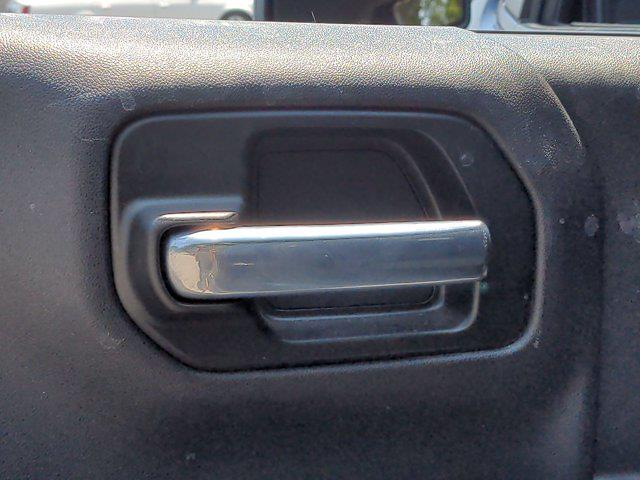 2020 Chevrolet Silverado 1500 Crew Cab 4x2, Pickup #M00709A - photo 26