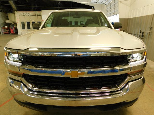 2018 Silverado 1500 Double Cab, Pickup #D18088 - photo 4