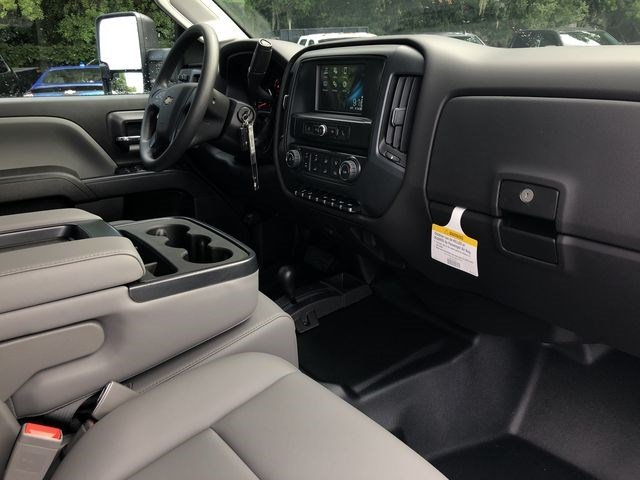 2019 Silverado 2500 Crew Cab 4x4,  Pickup #D19000 - photo 18