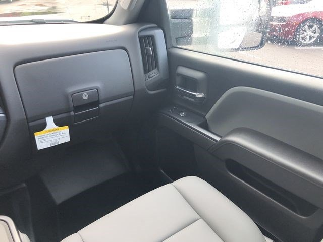 2019 Silverado 2500 Crew Cab 4x4,  Pickup #D19000 - photo 25
