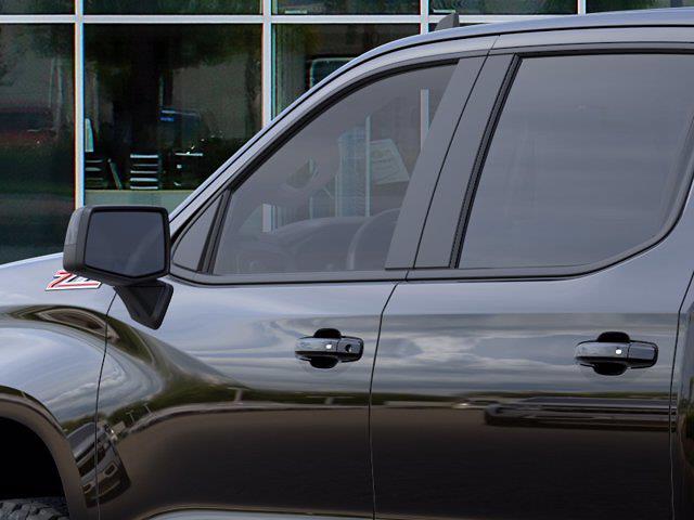 2021 Chevrolet Silverado 1500 Crew Cab 4x4, Pickup #DM21071 - photo 10