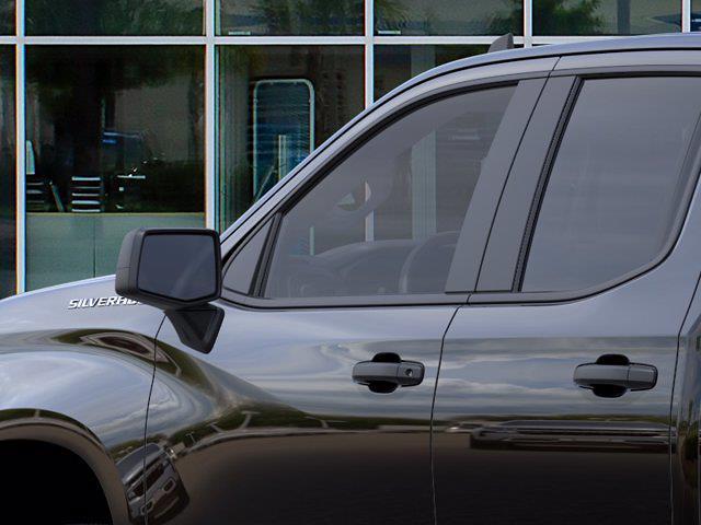 2021 Chevrolet Silverado 1500 Double Cab 4x4, Pickup #DM21098 - photo 10