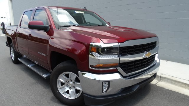 2017 Silverado 1500 Crew Cab, Pickup #L170348 - photo 3