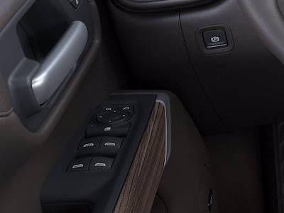 2021 Chevrolet Silverado 1500 Crew Cab 4x4, Pickup #M00387 - photo 19