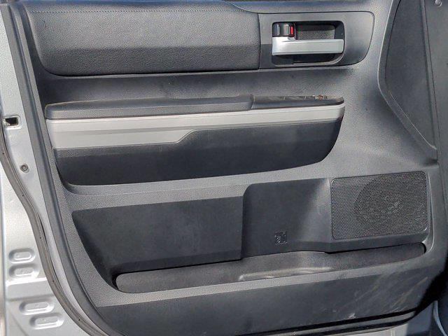 2018 Toyota Tundra Crew Cab 4x4, Pickup #M00527A - photo 13
