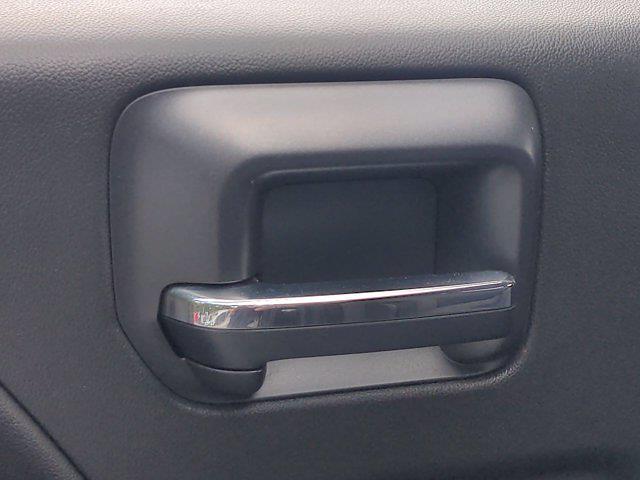 2016 Chevrolet Silverado 1500 Crew Cab 4x4, Pickup #M00539B - photo 30