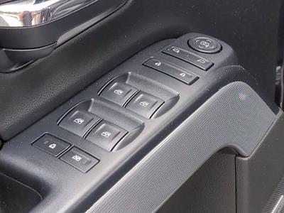 2016 Chevrolet Silverado 1500 Crew Cab 4x4, Pickup #M00539B - photo 15