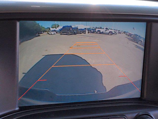 2015 Chevrolet Silverado 1500 Crew Cab 4x4, Pickup #M00765A - photo 26
