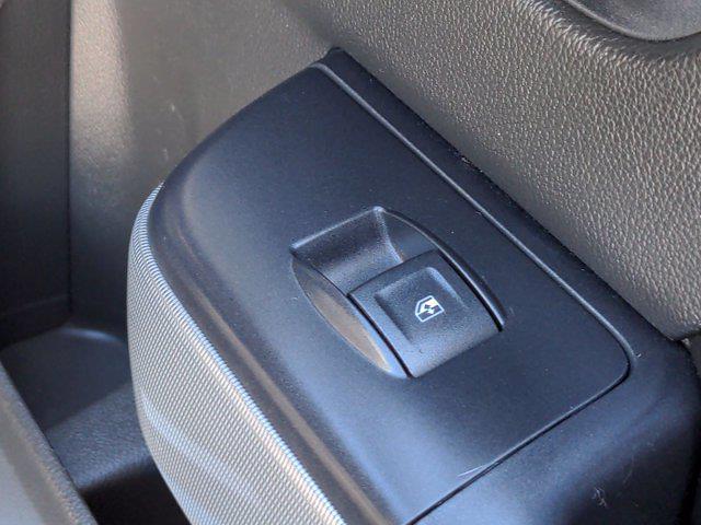 2015 Chevrolet Silverado 1500 Crew Cab 4x4, Pickup #M00765A - photo 38