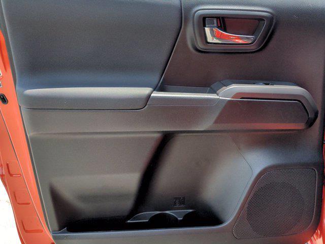 2018 Toyota Tacoma Double Cab 4x4, Pickup #M00782B - photo 27