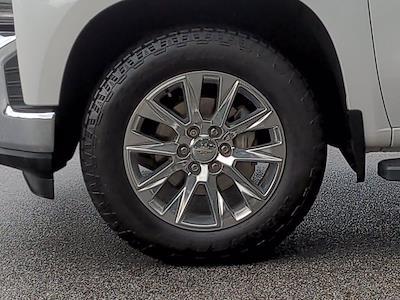 2019 Chevrolet Silverado 1500 Crew Cab 4x4, Pickup #M00795A - photo 11