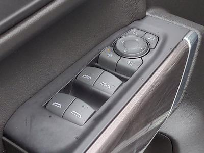 2019 Chevrolet Silverado 1500 Crew Cab 4x4, Pickup #M00795A - photo 15