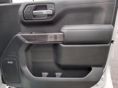 2019 Chevrolet Silverado 1500 Crew Cab 4x4, Pickup #M00795A - photo 40