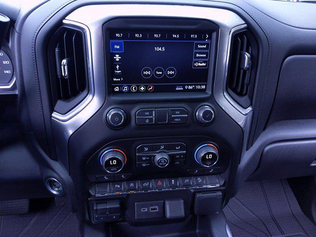 2020 Chevrolet Silverado 1500 Crew Cab 4x4, Pickup #M00820A - photo 25