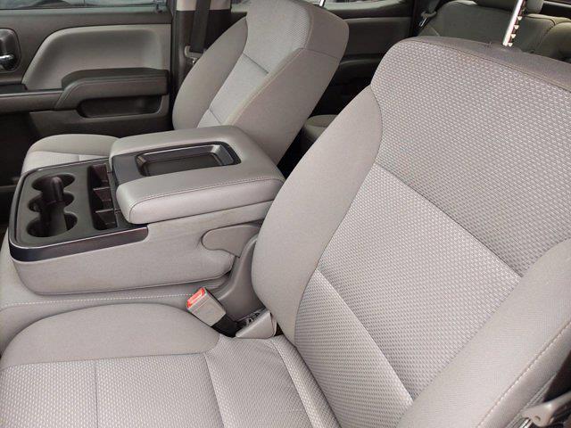 2018 Chevrolet Silverado 1500 Crew Cab 4x2, Pickup #M00861A - photo 16