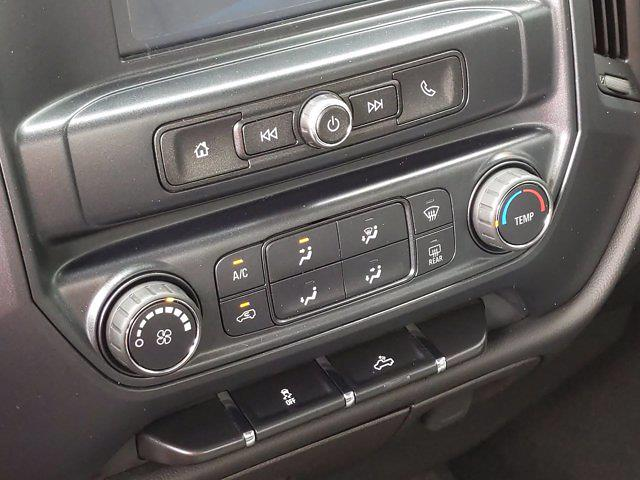 2018 Chevrolet Silverado 1500 Crew Cab 4x2, Pickup #M00861A - photo 24