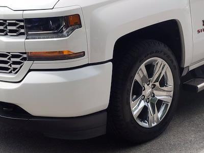2018 Chevrolet Silverado 1500 Crew Cab 4x2, Pickup #M00861A - photo 10
