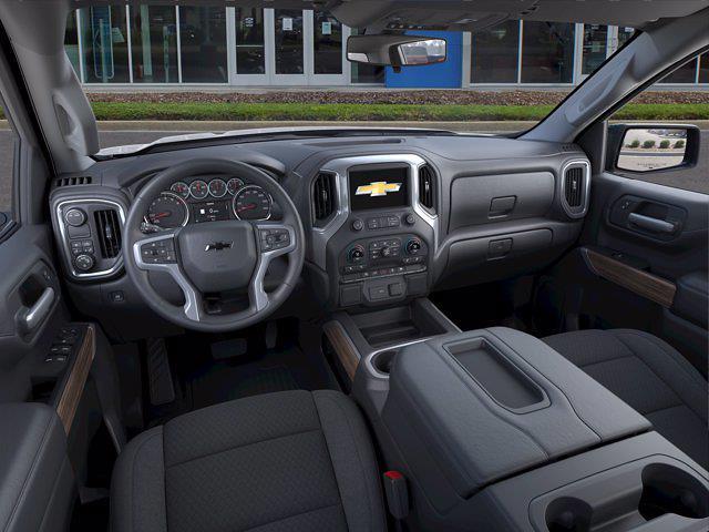 2021 Chevrolet Silverado 1500 Crew Cab 4x2, Pickup #M00909 - photo 12