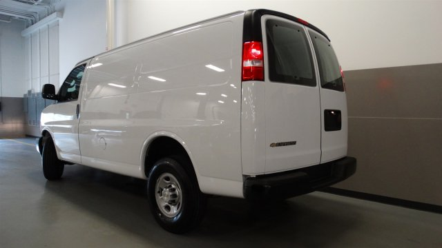2017 Express 2500, Cargo Van #M170103 - photo 2